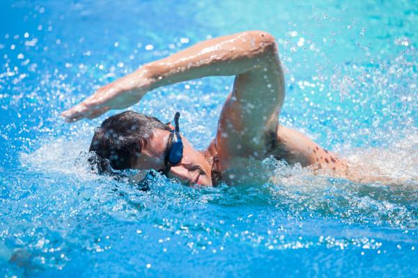 Κολύμβηση: Η κολύμβηση ως μέσο διαχείρισης των συναισθηματικών και ψυχικών προκλήσεων [vid]