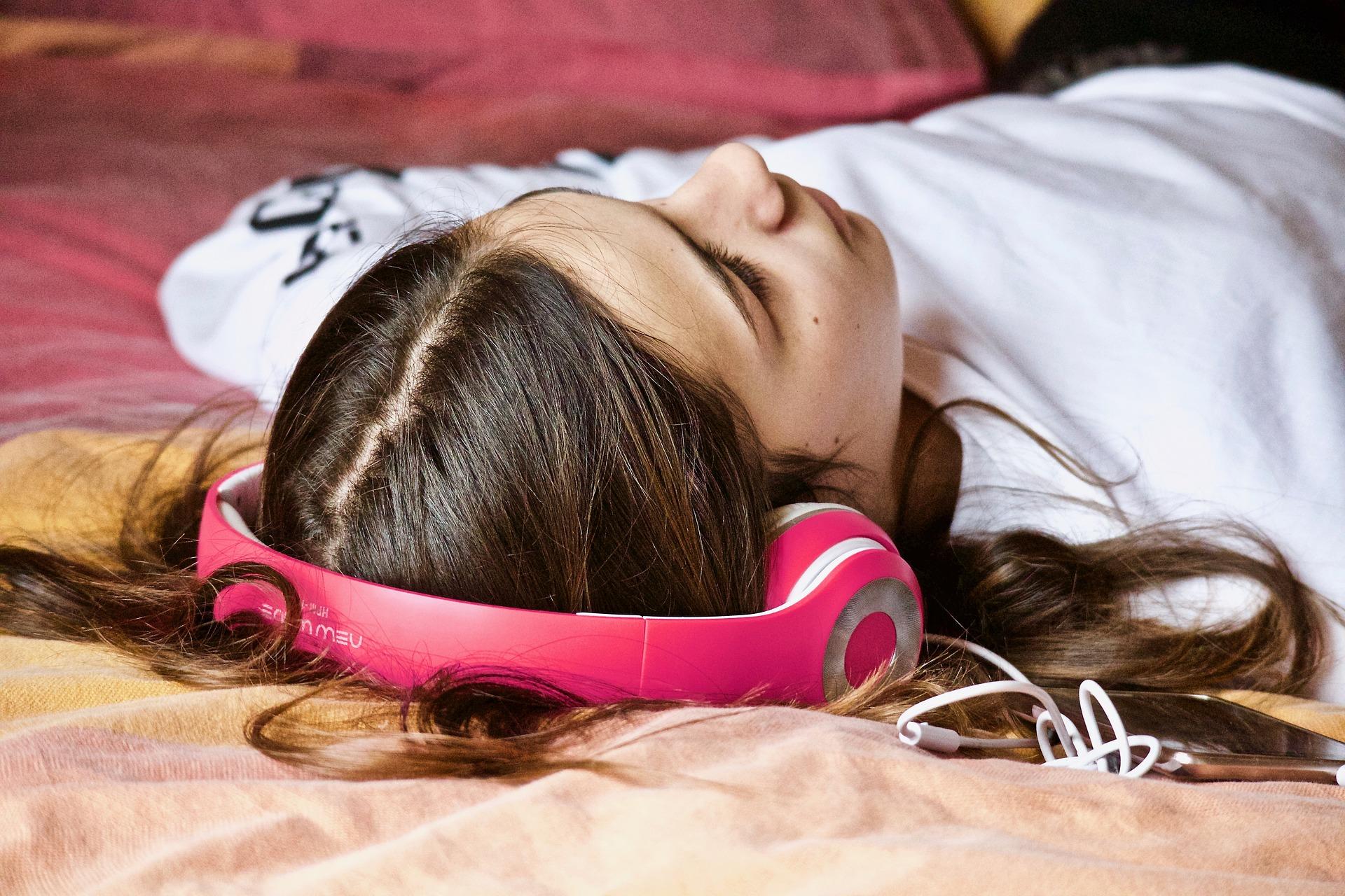 Ύπνος εφηβεία: Πώς να μπει όλη η οικογένεια σε πρόγραμμα;