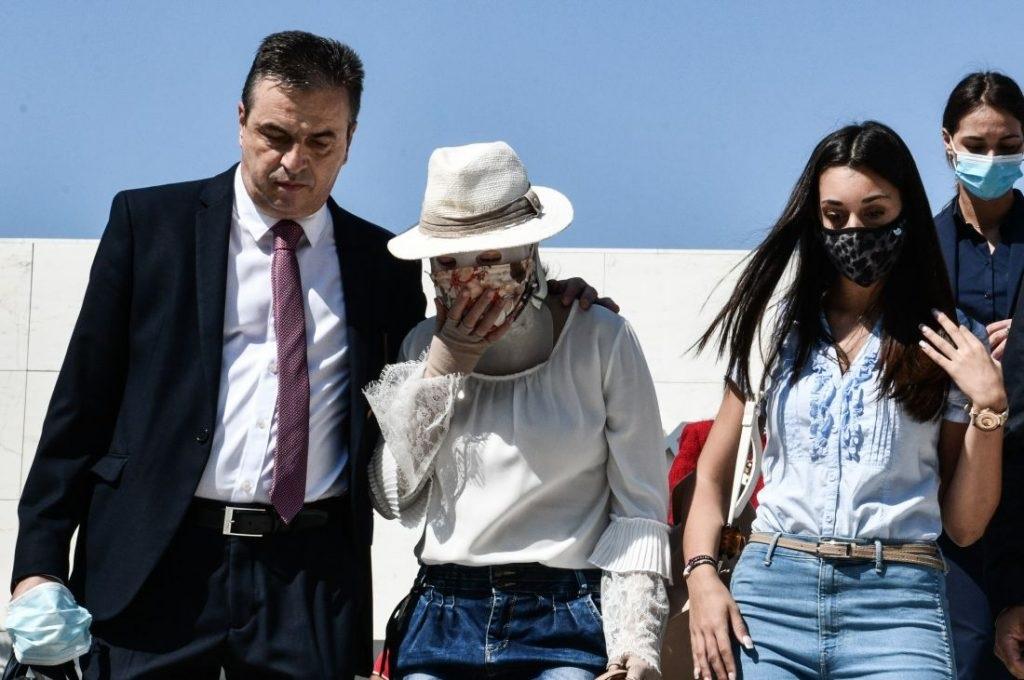 Επίθεση Βιτριόλι: Η κατηγορούμενη «παρακολουθούσε» από το κελί της τη δίκη σε ήρεμη κατάσταση