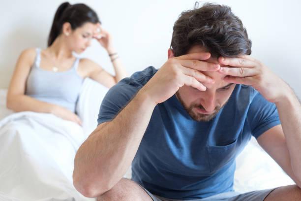 Μειωμένη ερωτική επιθυμία στους άνδρες: Τι την προκαλεί – Συμπτώματα – Αντιμετώπιση