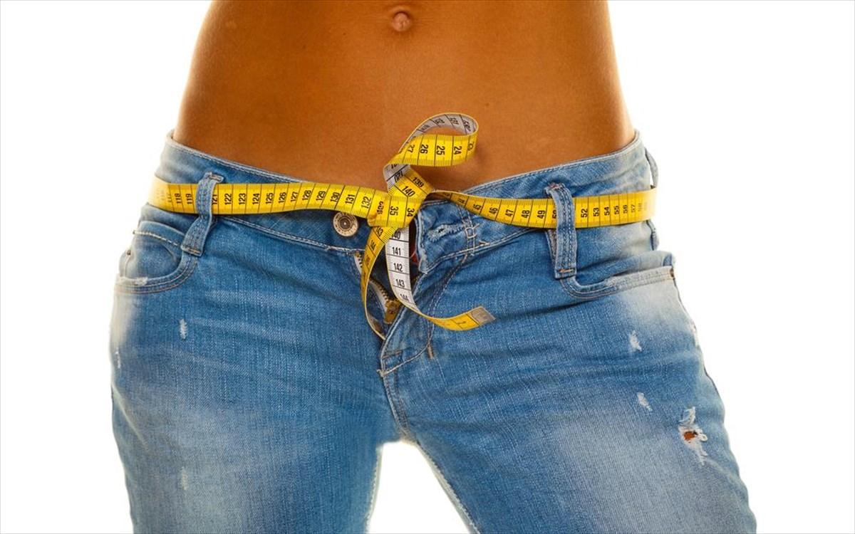 Κοιλιά λίπος: Δύο κινήσεις για να απαλλαγείτε από το λίπος στην κοιλιά