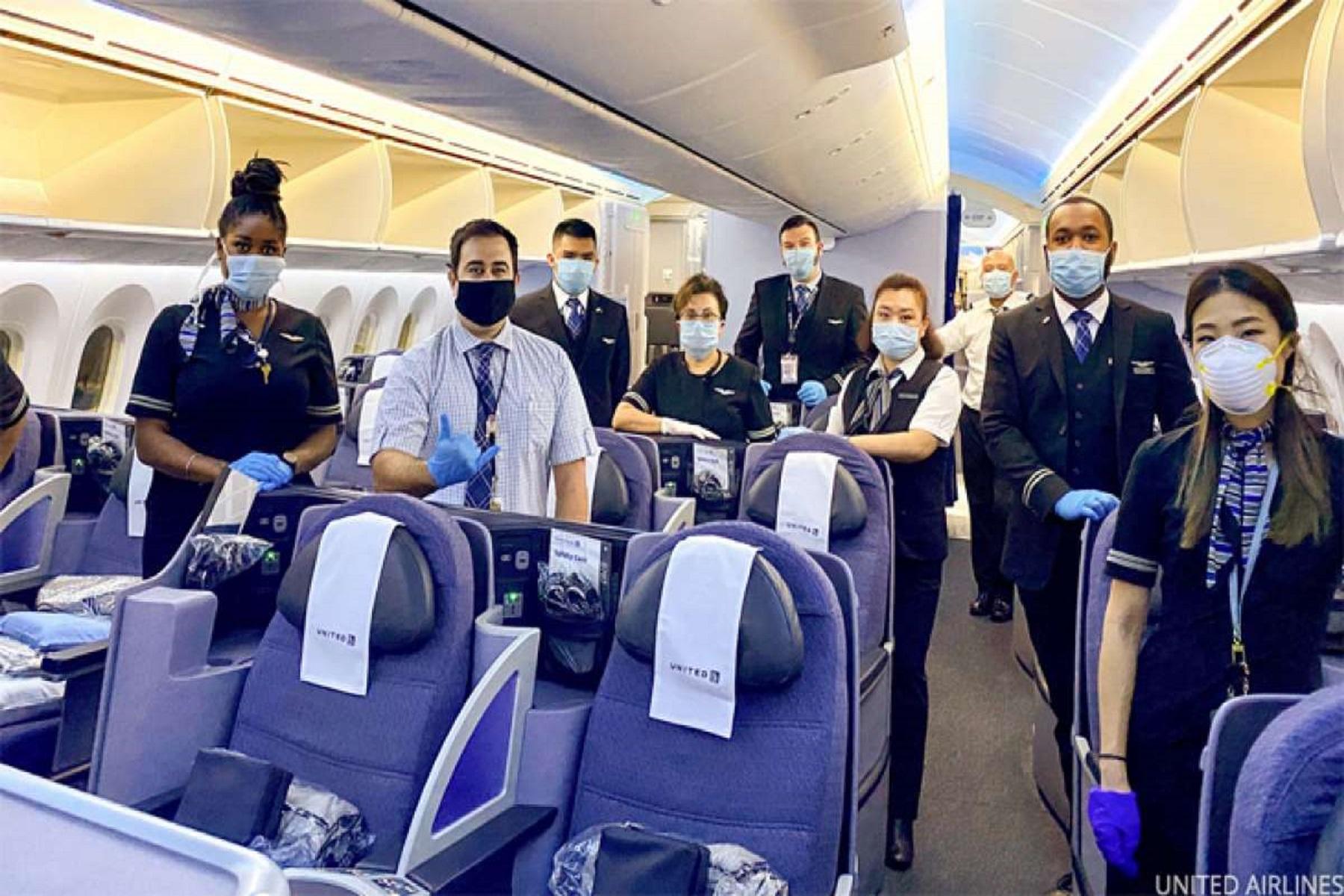 Delta Airlines: Θέλει τις αεροπορικές εταιρείες να μοιραστούν λίστες απαγορευμένων επιβατών.