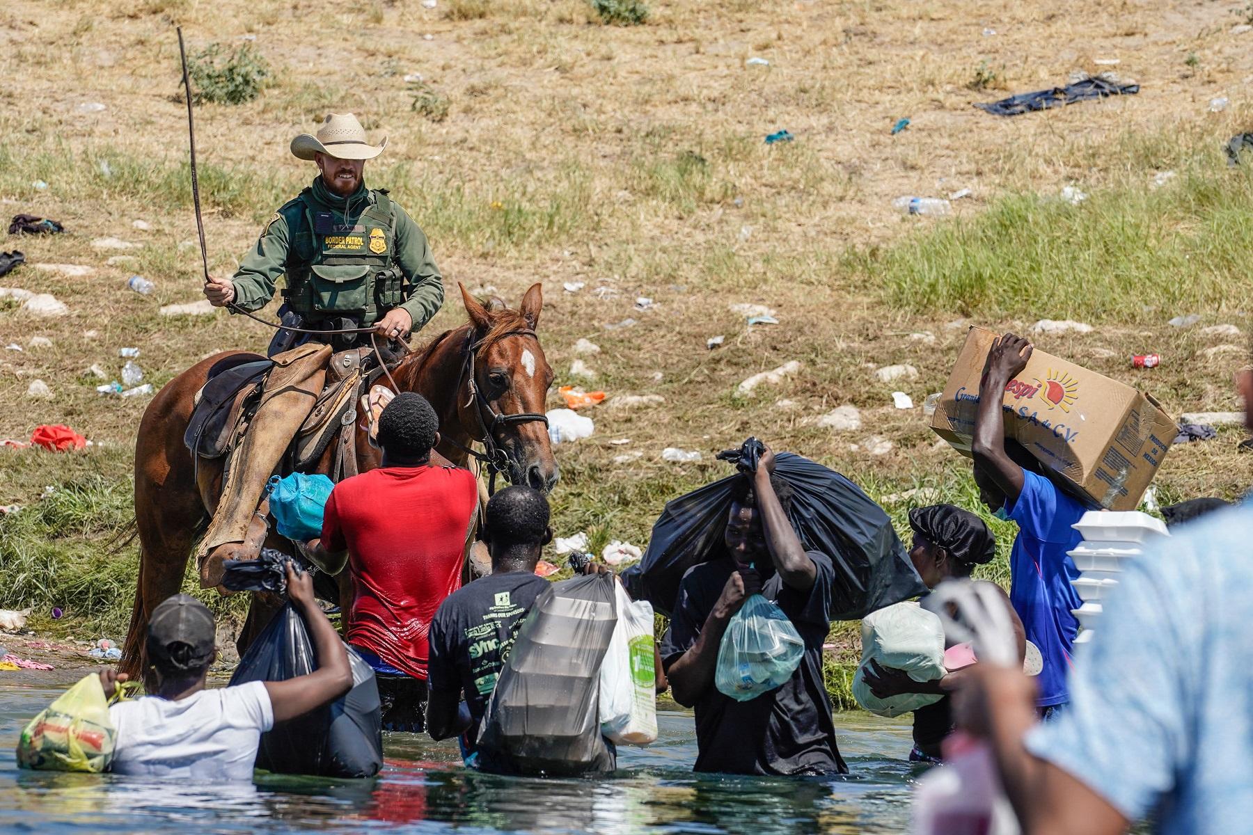ΗΠΑ Μεταναστευτικό: Η κυβέρνηση Μπάιντεν θα ξεκινήσει την πτήση χιλιάδων μεταναστών στην Αϊτή
