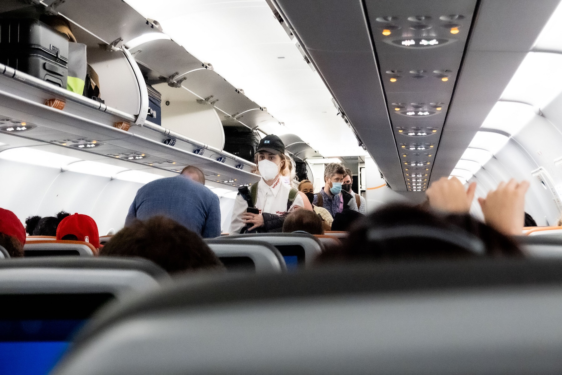 Λευκός Οίκος: Στο τραπέζι  των συζητήσεων η απαίτηση εμβολίου covid για αεροπορικά ταξίδια