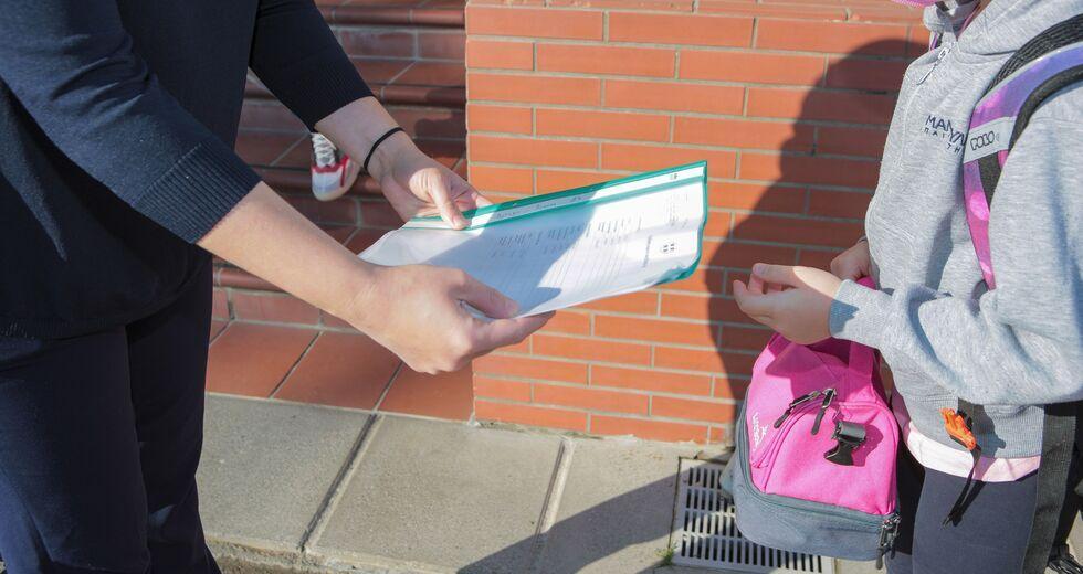 Σχολεία self test: Μέχρι την Παρασκευή (17/09) οι δωρεάν αυτοδιαγνωστικοί έλεγχοι μαθητών από τα φαρμακεία