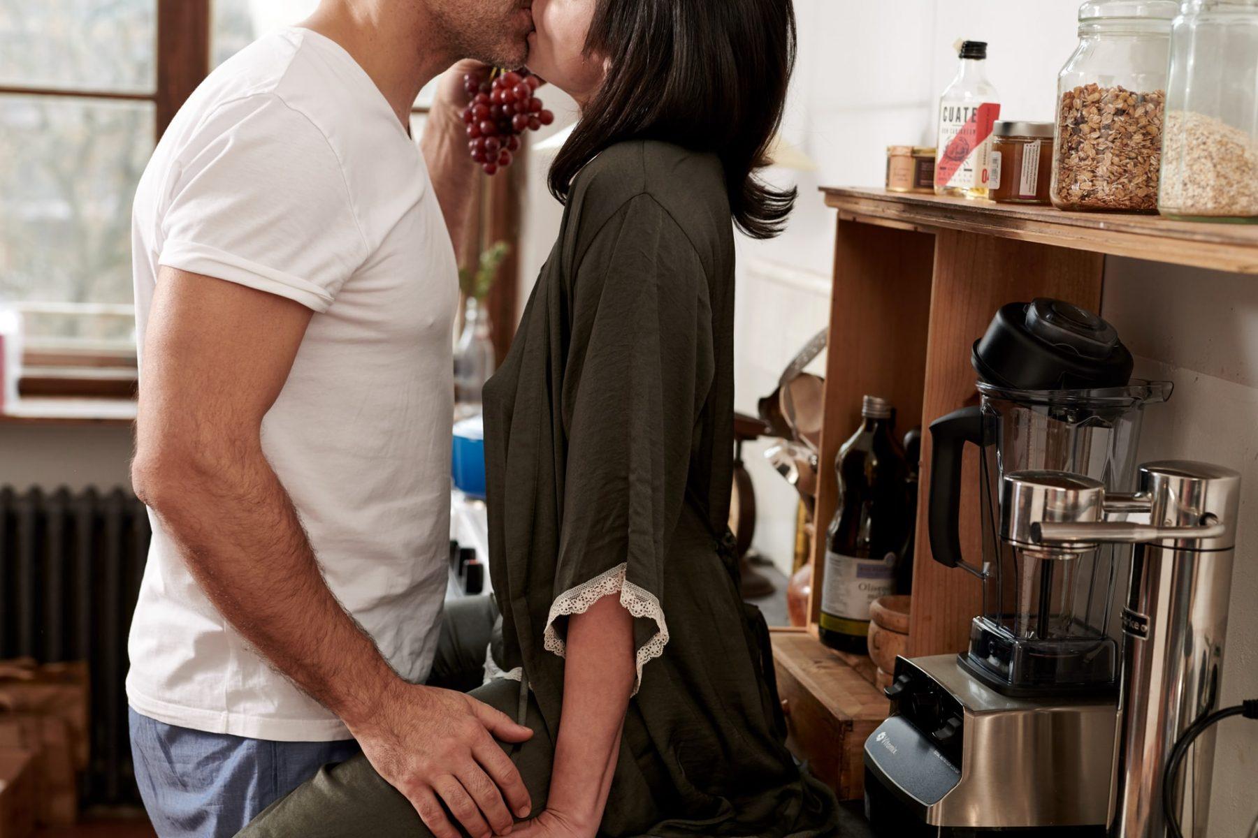Στάσεις σεξ κίνδυνος: Ποιες είναι οι πιο επικίνδυνες στάσεις στο σεξ;