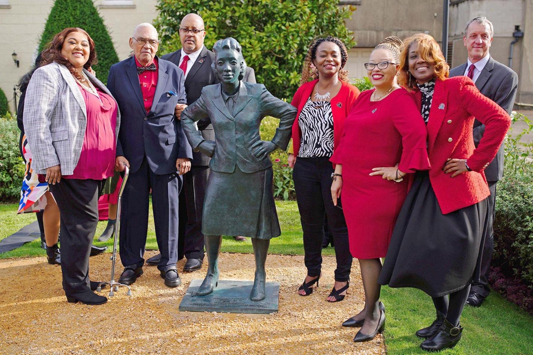 Henrietta Lacks: Ο ΠΟΥ τιμά τη γυναίκα, της οποίας τα κύτταρα άλλαξαν τον κόσμο