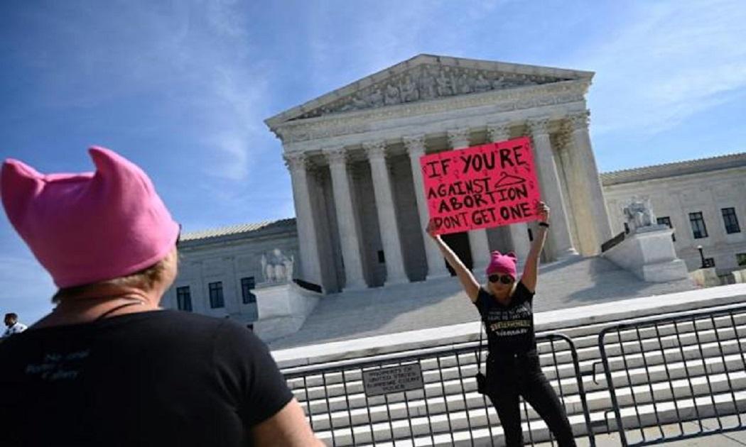 ΗΠΑ Γυναίκες: Η μάχη για τα δικαιώματα των αμβλώσεων χτυπά τους δρόμους της Αμερικής