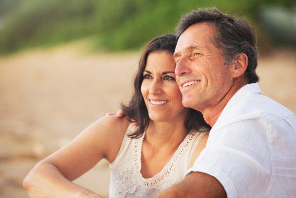 Σεξ εμμηνόπαυση: Πώς να βελτιώσετε τη σεξουαλική σας ζωή μετά τα 50