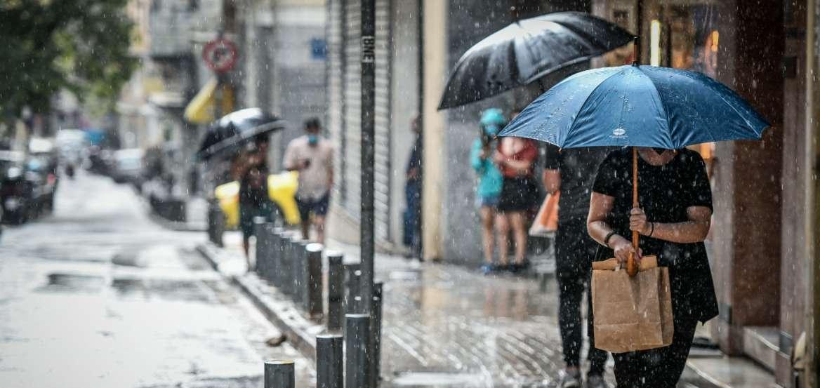 """Κακοκαιρία """"Μπάλλος"""": Σε εξέλιξη το νέο κύμα – Ισχυρές βροχές και καταιγίδες"""