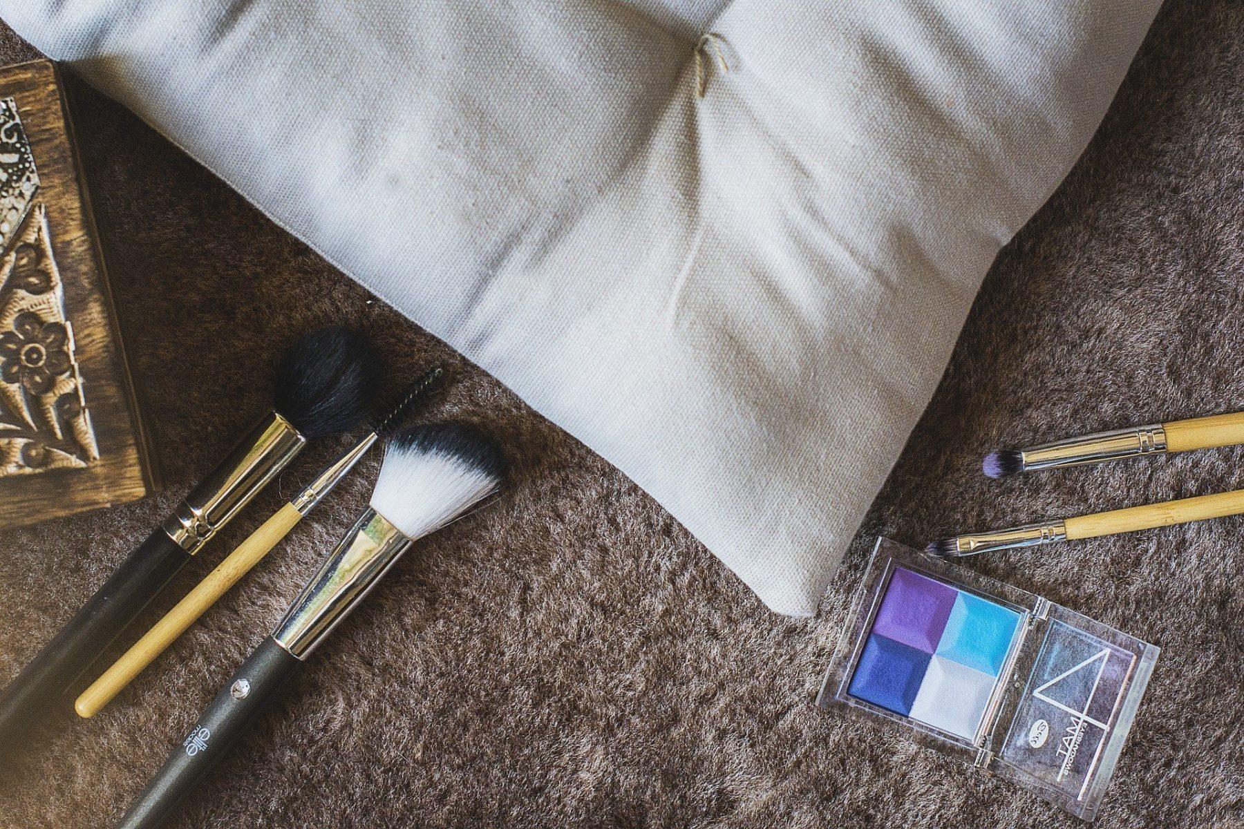 Νεσεσέρ: Must-have προϊόντα που πρέπει να έχετε πάντοτε στην τσάντα σας