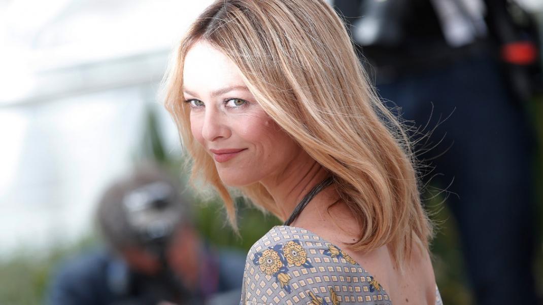Νέα Τάση Μαλλιά: Ξεχνώντας εντελώς το όμπρε ενώ υπάρχει και η πιο bold και έντονη προσέγγιση